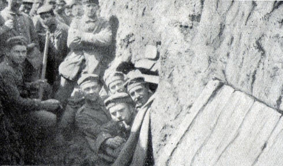 Regiment 86 016 Moulin skyttegrav