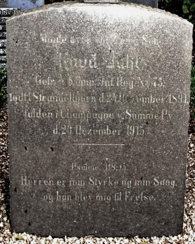 Gravsten, Bevtoft Kirkegård for Knud Juhl, Strandelhjørn