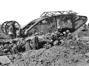 British_Mark_I_male_tank_Somme_Thiepval_25_September_1916