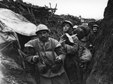 1914-09-22 Fransk skyttegrav