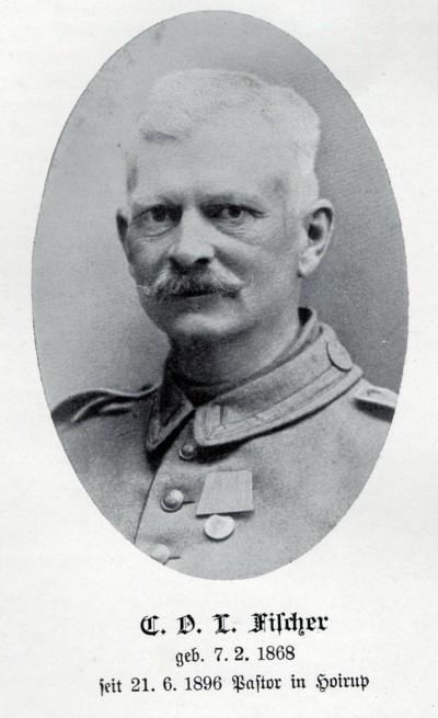 Pastor Carl Otto Ludwig Fischer, Højrup, meldte sig frivilligt og blev feltpræst i Füsilierregiment 86.