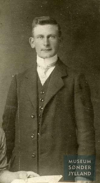 Jørgen Jessen (1890-1915) Lebøl, Tandslet