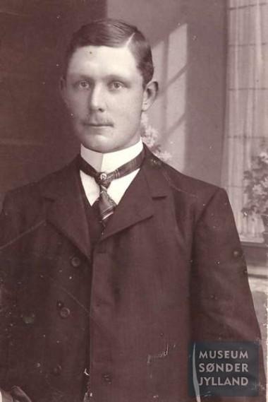 Hans Christensen Bonde (1881-1915) Mommark, Lysabild