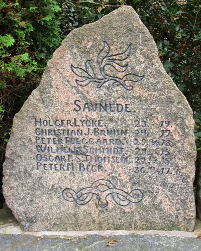 Mindesten Rødding Kirkegård