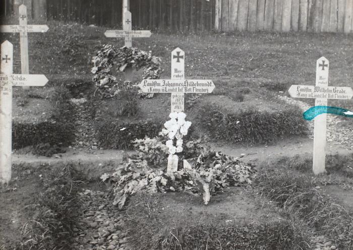 Johannes Hildebrandts grav i Galizien. Hildebrandt døde af kolera 31. juli 1915 (Historisk Arkiv for Haderslev Kommune)
