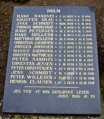 Mindesten, Nordborg Kirkegård, med far og søn: Hans Hellesøe og Matthias Hellesøe
