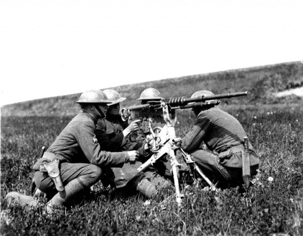 U.S._Hotchkiss_Machine_Gun_1918