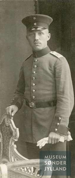 Hans Schmidt (1892-1916) Ulkebøl